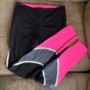 Victoria's Secret SPORT Leggings - SMALL